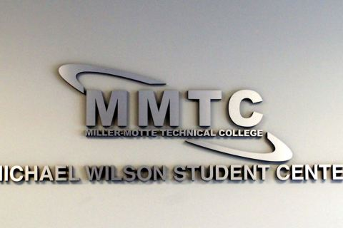interior-signs-mmtc3